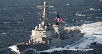 "FLASHPOINT: China confronts US with ""fury"" as American missile destroyer enters South China Sea –  challenge to Beijing"