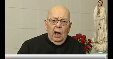 1:20 seconds of Drama with Vatican's Exorcist, Fr. Amorth (RIP) Medjugorje vs Satan. He clearly tells us why Our Lady is among us.