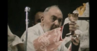 Rare and Moving Video of St. Padre Pio's Last Mass – Footage was taken just hours before his death.