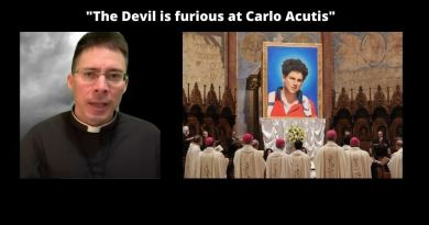 """The Devil is furious at Carlo Acutis"" – Powerful words from Fr. Goring  on the the future Saint.  Carlo Understood How Eucharistic Miracles Chase Satan Away."