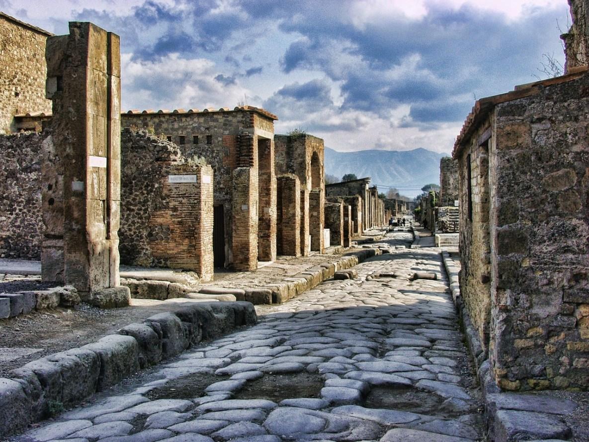 pompeii-2375135_1280.jpg?resize=1185%2C889