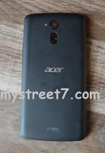 Acer Liquid E700 TRIO spate