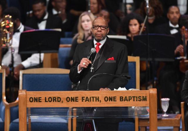 """Atlanta Pastor For """"Distasteful"""" Aretha Franklin Eulogy"""