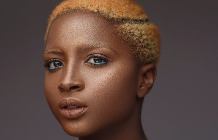 DARA BANJO DISCOVERED AND EMBRACED THE MODEL IN HER