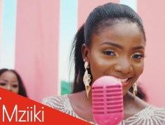 Simi Releases The Video For 'Ayo'