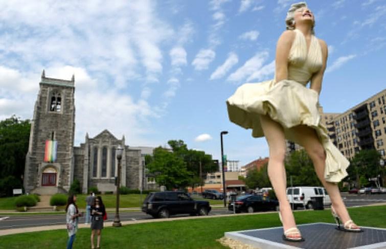 Marilyn Monroe Statue Stolen