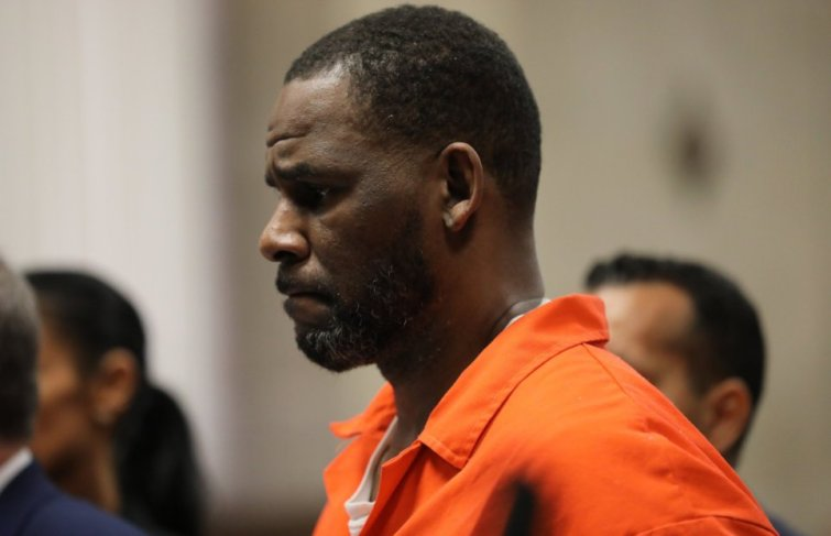 R. Kelly Is Using Medical Reasons To Persuade Getting A Bail