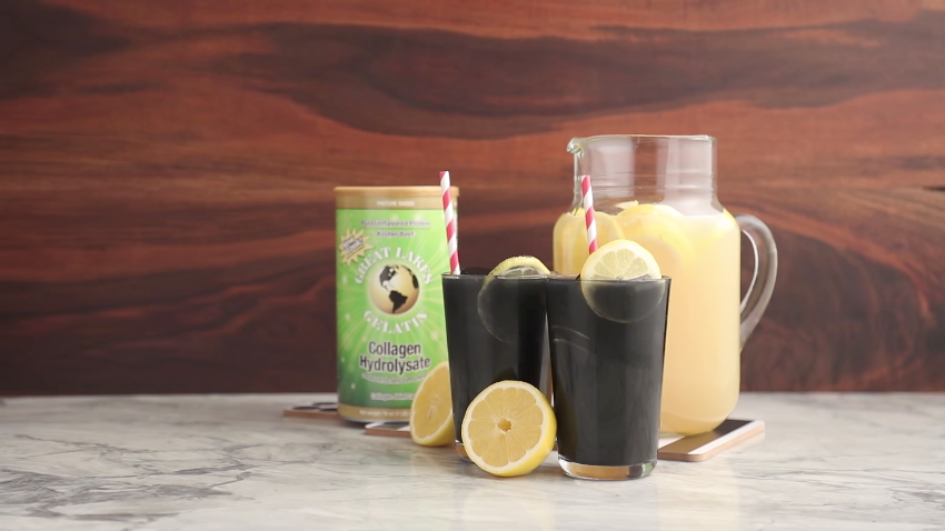 Activated Charcoal Lemonade with Collagen + FREE Dark Chocolate Almond Bars