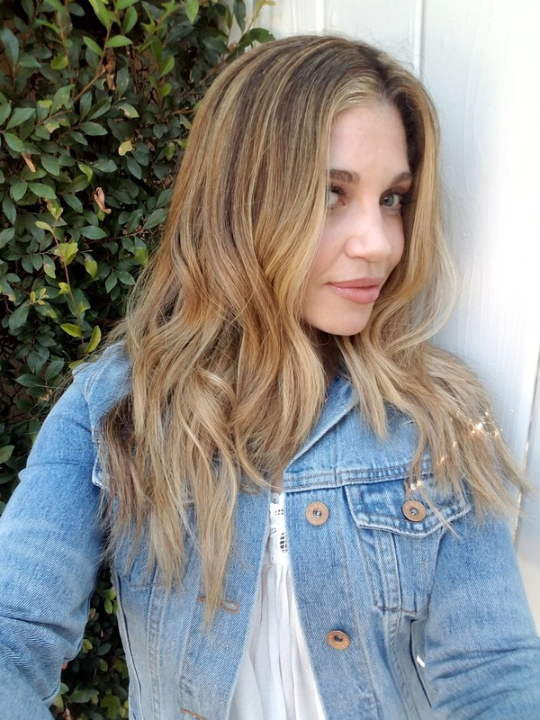 #hairHowto: get Danielle Fishel's New Summer Cut & Color by Celebrity Hairstylist Laurie Heaps