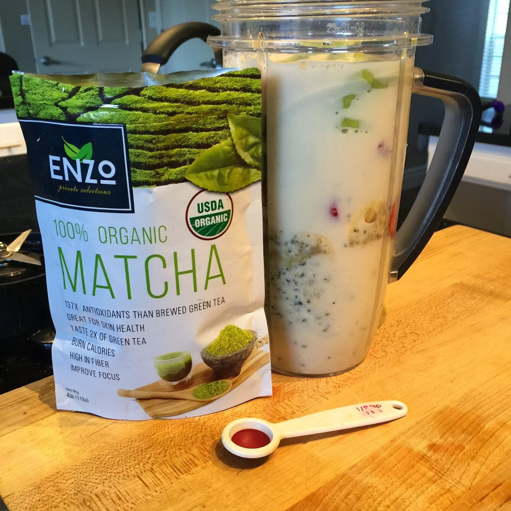 matcha and green smoothie in blender