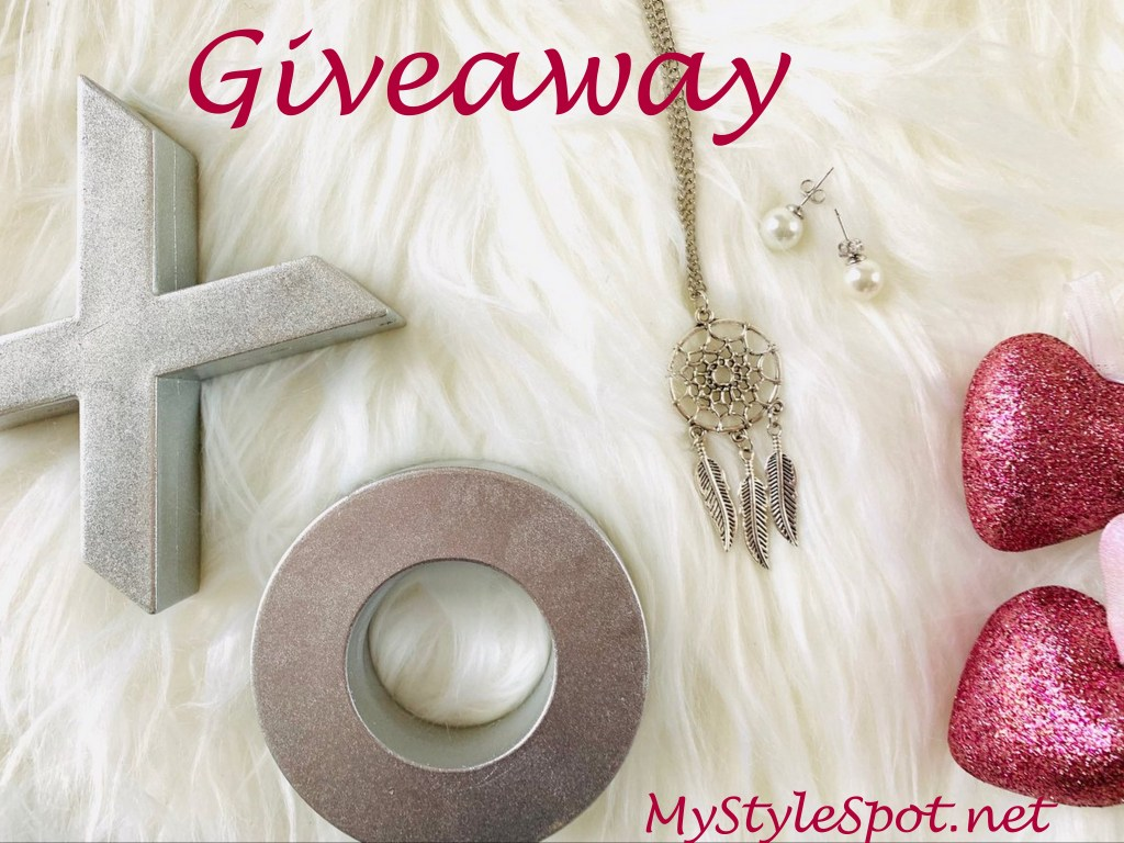 Win Pearl Stud Earrings and a Dream Catcher Necklace