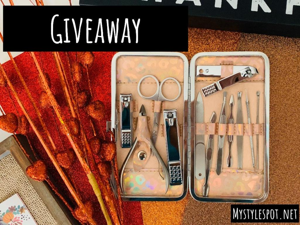 GIVEAWAY: Win a Chic Nail Kit + Tons of Other Fab Prizes