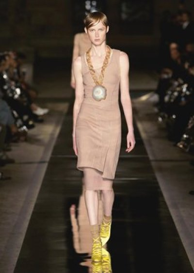 Chloe-Dress-SpringSummer-Sprin2017-TrendsToTry-Inspiration