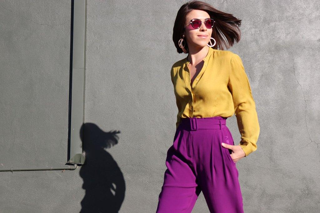 HowToWear-PantalonesMorados-PurplePants-70slook-70sStyle-80sStyle-KarlaVargas-MyStylosophy-StatementEarrings