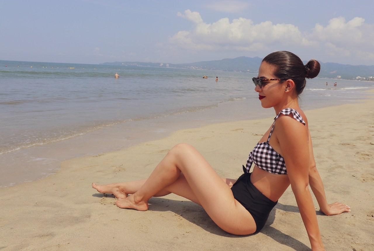 swimwear-style-beachwear-highcutlegswimwear-gingham-ginghamstyle-bikini-karlavargas