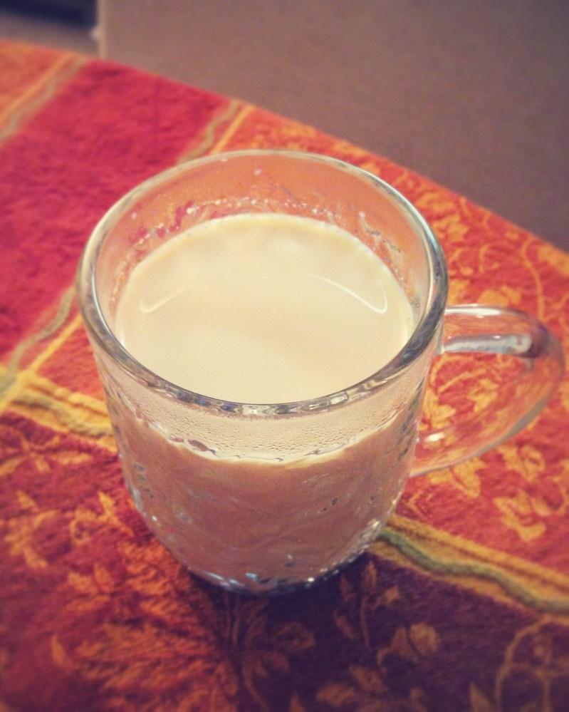 Coffeehouse-style Chai Tea at Home (1/6)