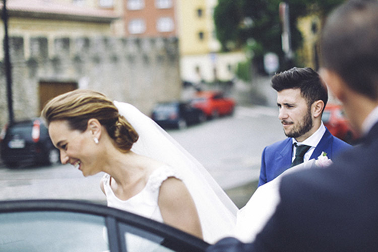 Gorgeous wedding in Spain | More on: http://mysweetengagement.com/gorgeous-wedding-in-spain - Photo: David Fernández