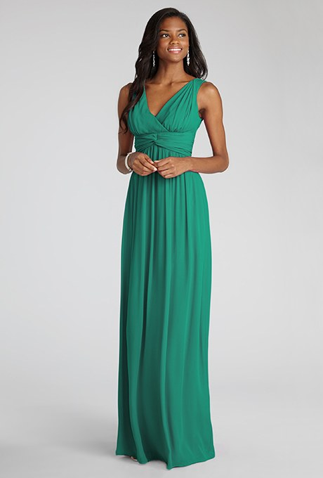 12 Gorgeous Emerald Green Bridesmaid Dress Photos That Will Show You Why This Is The Fanciest
