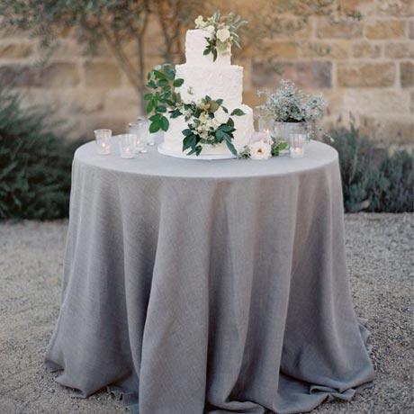 Wedding Color: Grey Wedding • My Sweet Engagement