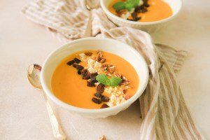 Easy Moroccan spiced carrot soup