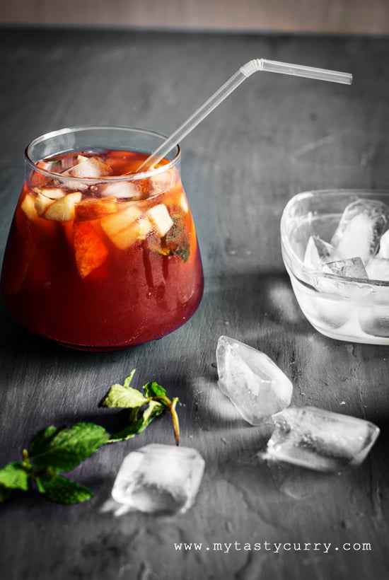 Non alcoholic sangria is tea based sangria drink, that is perfect for people who love sangria because of so much fruit it has. I have another reason to love the non alcoholic sangria, the base of this sangria recipe is tea instead of wine.