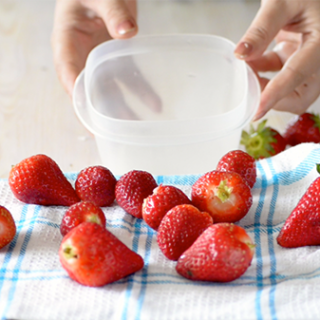 how to freeze strawberry in right way