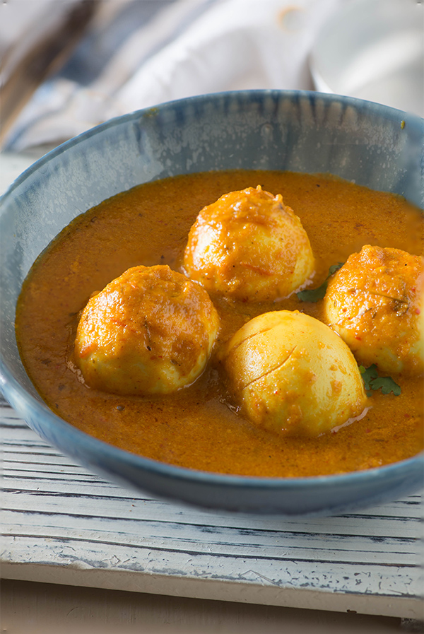 Egg Curry Recipe - Egg Butter Masala - My Tasty Curry