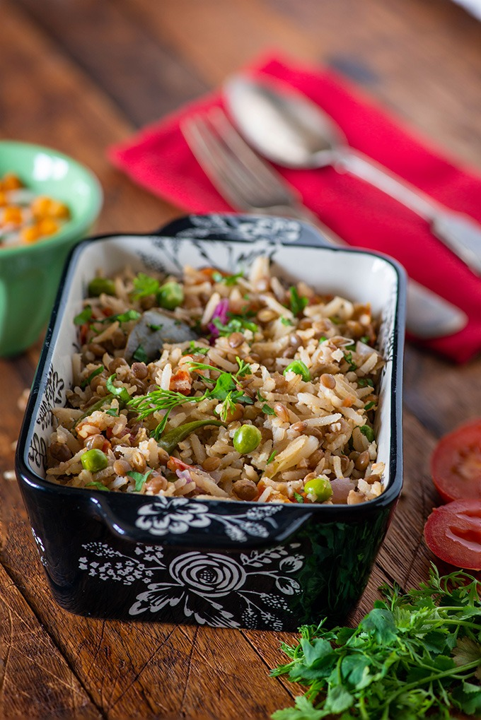 brown rice pulao with lentils