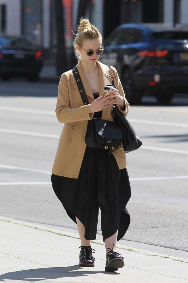 Elle Fanning – Out in Beverly Hills