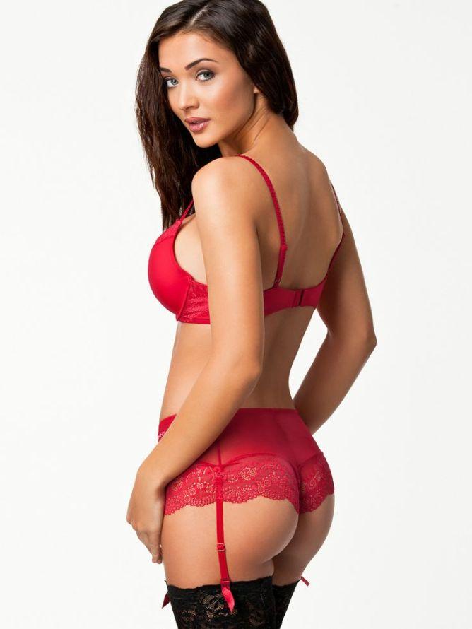 Amy Jackson Bikini Photos - Height, Weight Body Measurements