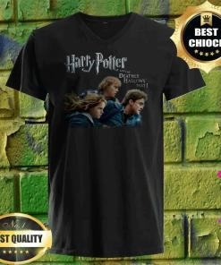 Harry Potter and the Deathly Hallows v neck