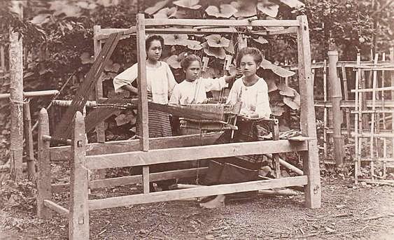 Chiang Mai silk weavers circa 1900