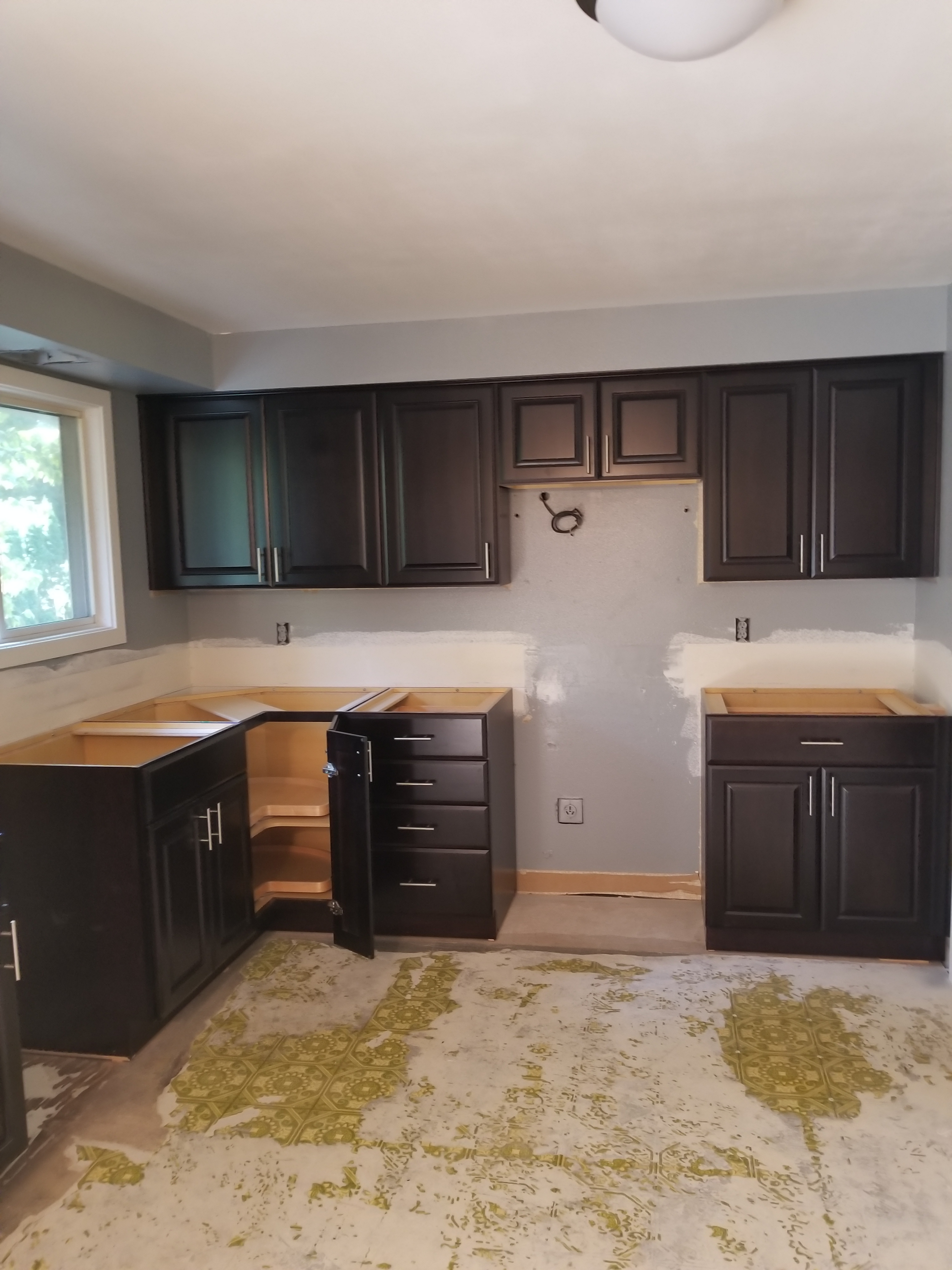 Top 10 Reviews Of Lowe's Kitchen Cabinets - Kitchen Cabinets Pantry