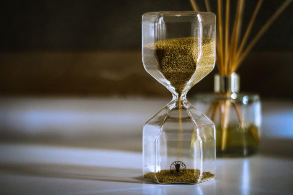 Kiom da tempo necesas por ke manifestiĝo okazu?