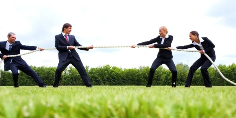 How to steal customers from your competitors in the life insurance niche