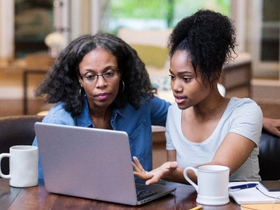 Different types of life insurance policies and their how to get them online