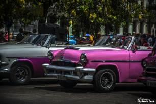 vieille voiture cubaine devant le capitole