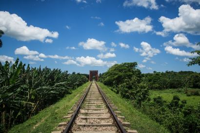 train dans le parc national de cuba