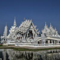 white temple en thailande
