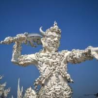 statue du white temple en thailande pres de chiang rai
