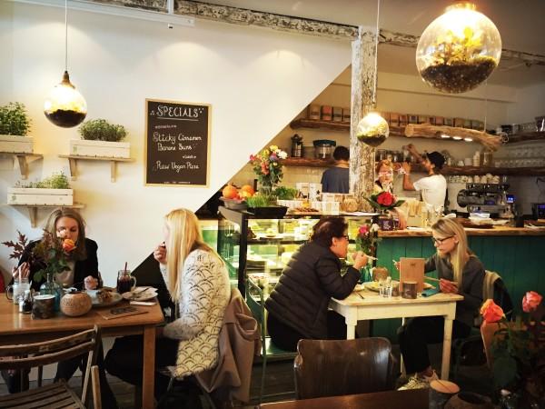 YAY Healthy food cafe & store Raw Food Amsterdam