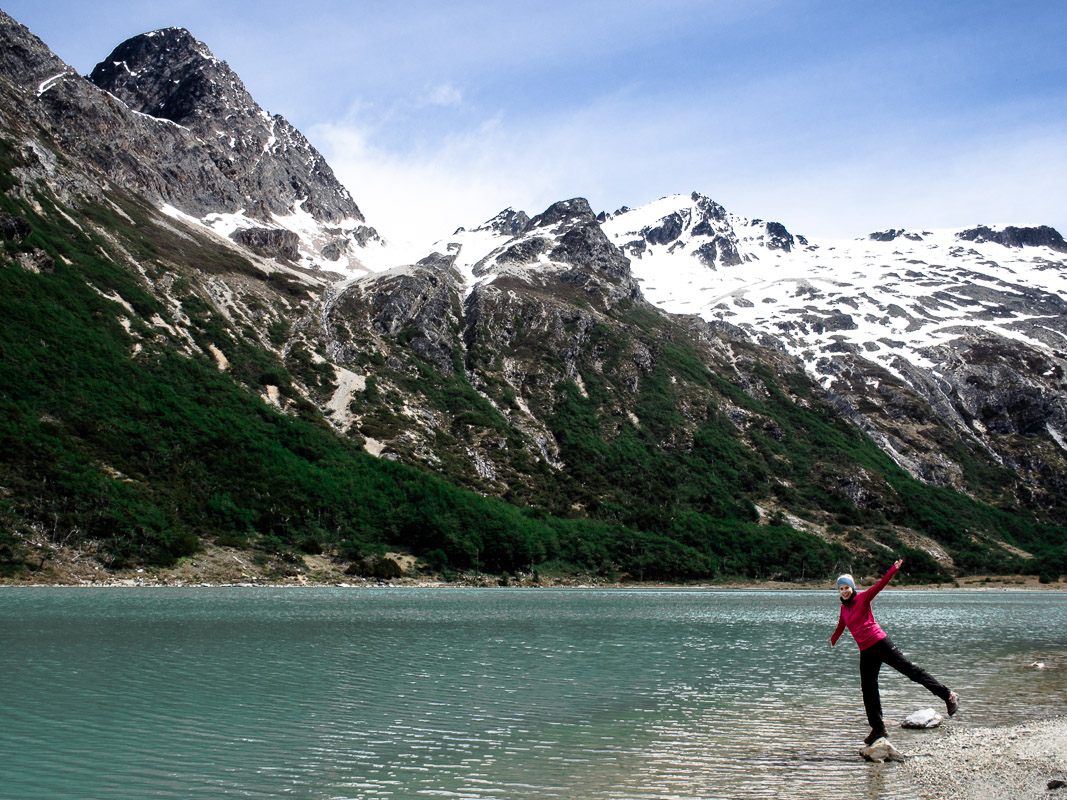 Hike to Esmeralda Lagoon