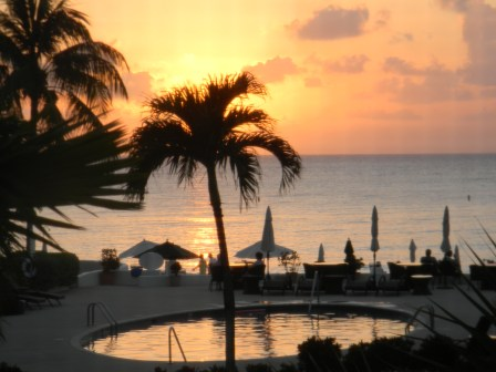 Grand Cayman: Have an amazing vacation in Grand Cayman with your kids! www.mytravelingkids.com