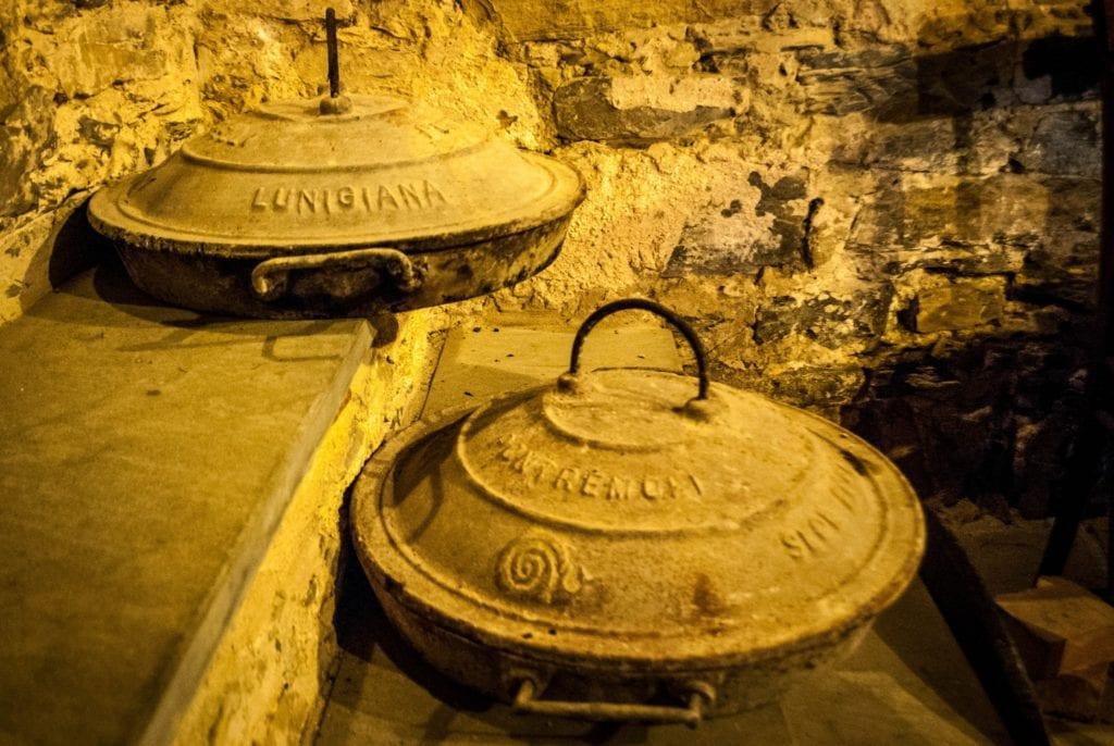 testi lunigiana cooking tuscany