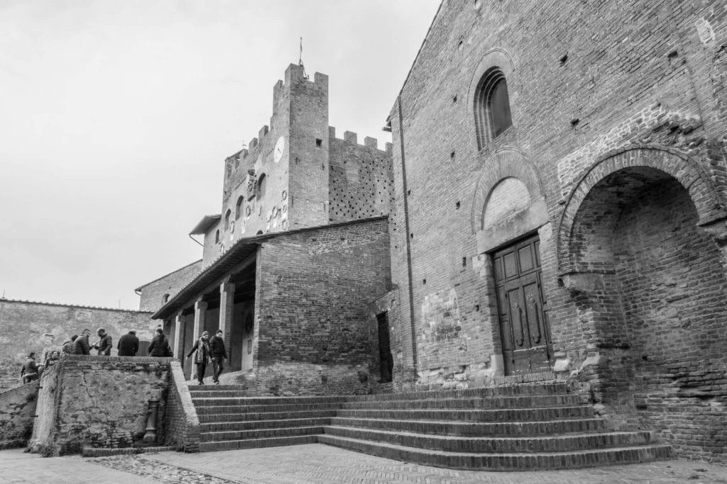 Palazzo Pretorio and the church of San Tommaso e Prospero Certaldo