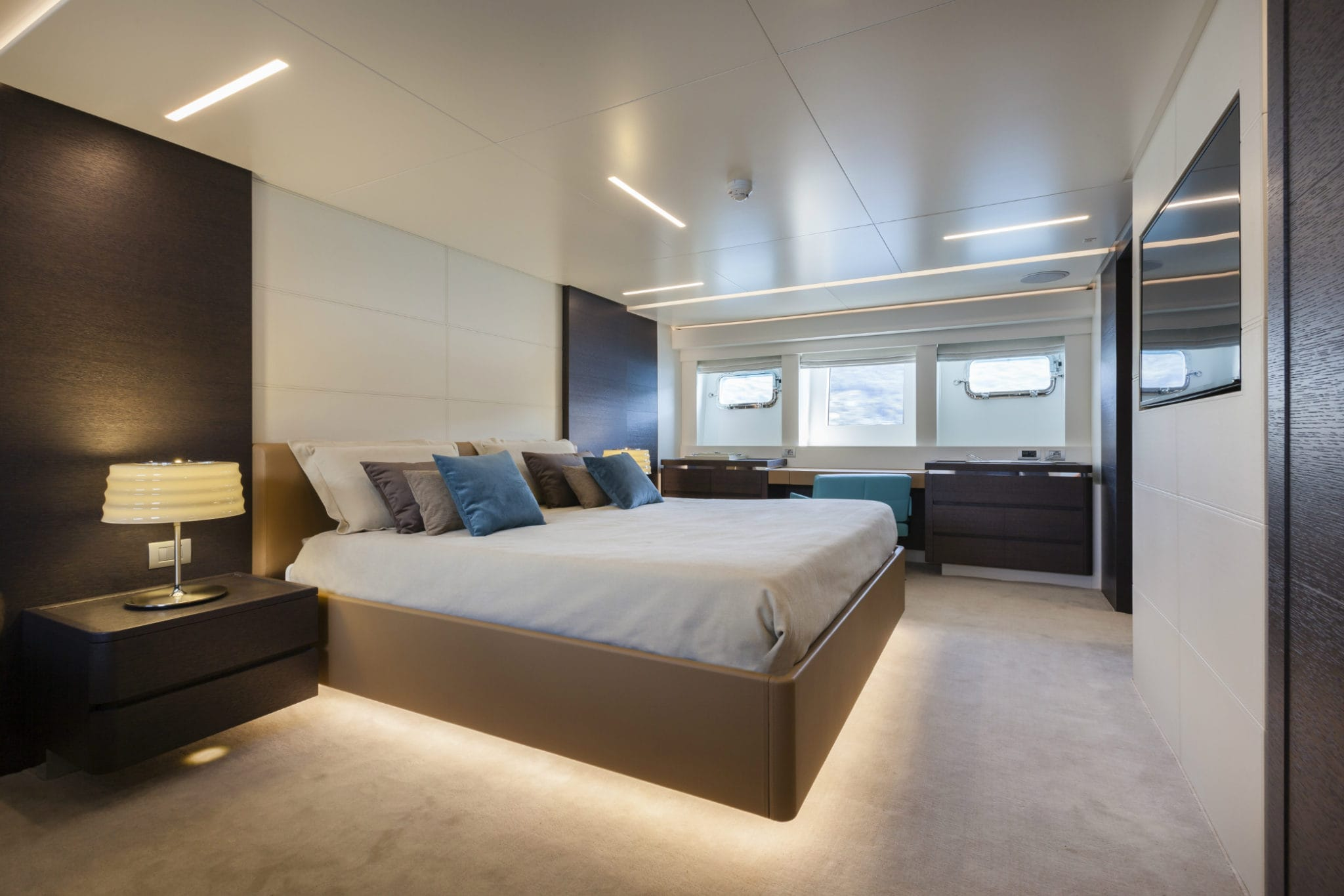 On Board of a Yacht, bed room