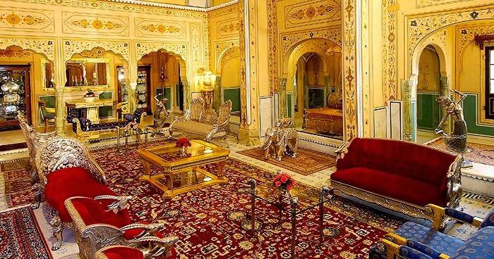 Shahi Mahal Suite at Raj Palace
