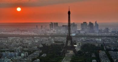 Sunset Eiffel