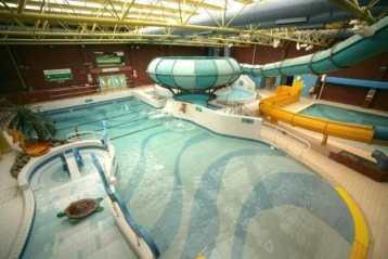 Indoor activities near Tunbridge Wells: Leisure Pool Larkfield