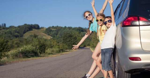 Five tips for long car journeyswith your kids